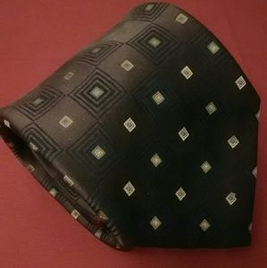 Claiborne Brown Pattern Silk Tie EUC
